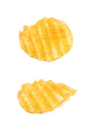 de un solo chip de patata crujiente aislados