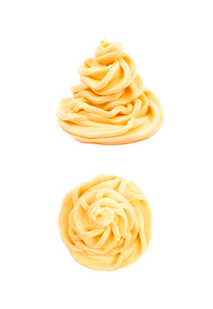 두 개의 다른 foreshortenings 세트 흰색 배경 위에 절연 크림 소용돌이 설탕 프로스팅 스톡 콘텐츠 - 104272284