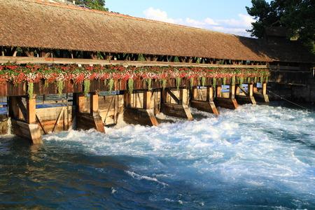 canton berne: Covered bridge, Thoune, Thun , Switzerland