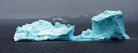 Iceberg in Antarctica Stock Photo - 7095901