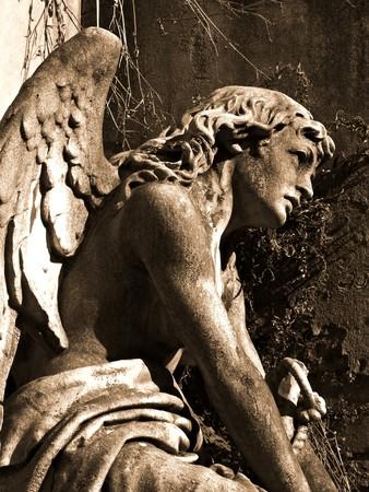 la: Schlafender Engel auf dem Friedhof Recoleta in Buenos Aires