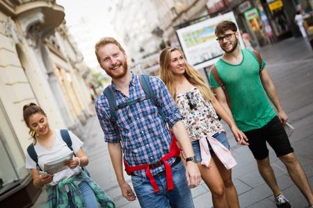 旅行のツアーのガイドが率いる観光グループ 写真素材