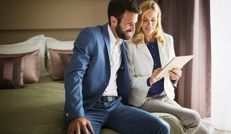 ホテルはビジネス旅行にビジネス人々 写真素材 - 65485739