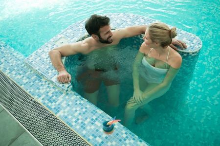 hydrotherapy: Couple enjoying bubble bath and hydrotherapy
