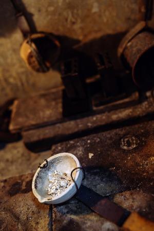 炉内で宝石商ツール