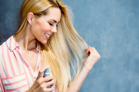 Portrait of cheerful young beautiful blonde woman Stockfoto
