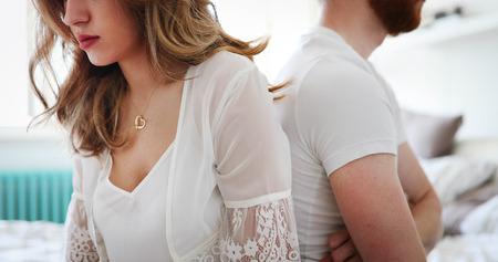 관계에 문제가있는 부부 스톡 콘텐츠