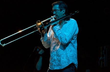 aerophone: Jeff Cressman. Carlos Santana concert Crocus City Hall in Moscow.  July 17, 2011