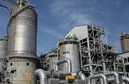 industrial oil refinery facility Stock Photo - 14144326