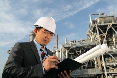 chemical industrial engineer Imagens - 14050510
