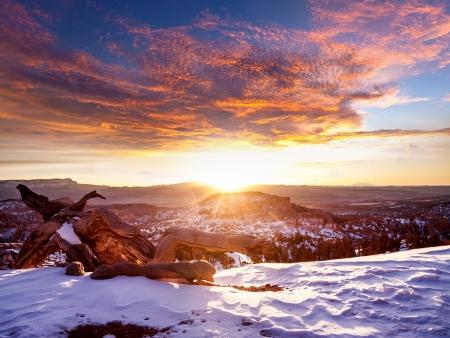 Sonnenuntergang am Bryce Canyon Standard-Bild - 17421856