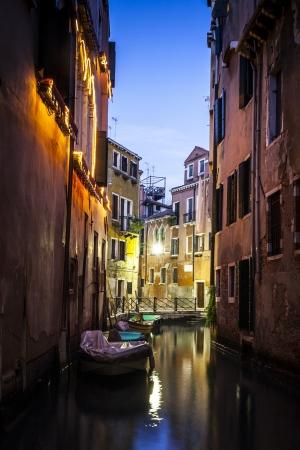 Venedig bei Nacht Standard-Bild - 18258226