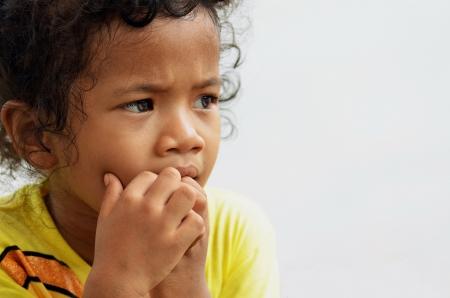 ansiedad: Retrato de una joven asi�tica con expresi�n