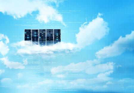 Internet cloud server concept met lucht en de wolken achtergrond