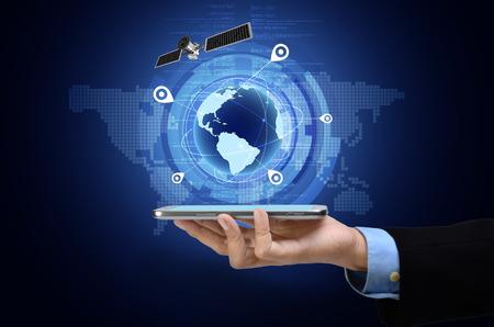 Imagen conceptual del Sistema de Posicionamiento Global GPS en el teléfono inteligente Foto de archivo - 35741173