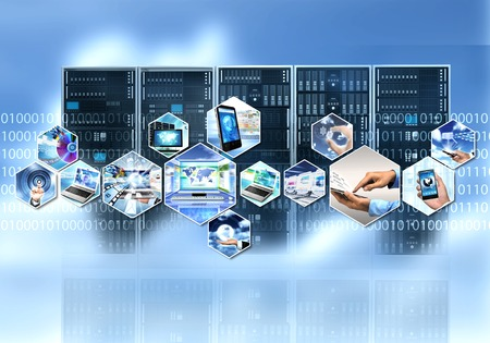 Internet et de l'information technolgy avec le processus de calcul du serveur cloud Banque d'images