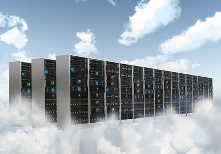 tecnolog�a informatica: Concepto de tecnolog�a de la informaci�n. Imagen conceptual del gabinete de servidor de la nube de Internet Foto de archivo