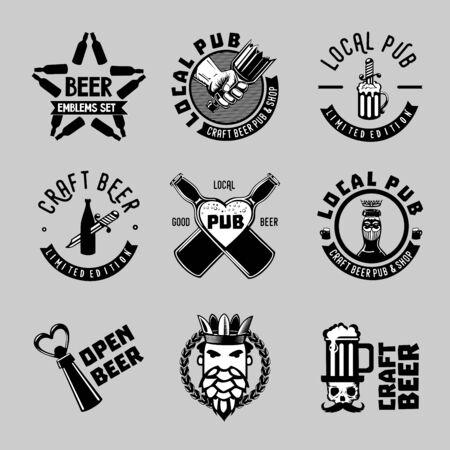 Étiquettes de bière vintage. Collection de signes d'artisanat. Symboles vectoriels de pub et de bar.