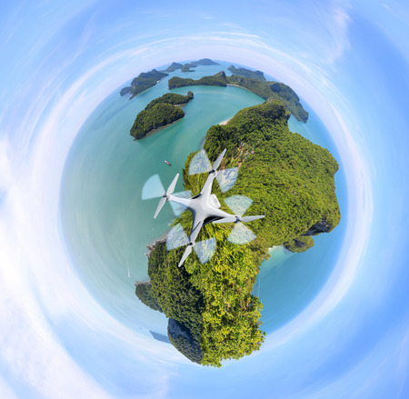 Circle Green planet, Panorama view of ang thong Island ,Archipelago in Thailand, Polar Coordinates design. Imagens