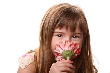 ピンクの花の臭いがする少女