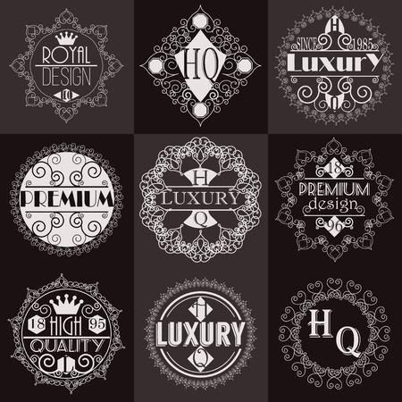 Retro Design Luxe Insignia Template Set. Line Art vintage stijl Victoriaanse Swash Elements. Elegante geometrische Shiny Bloemen Frames.