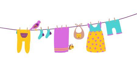 Vêtements de bébé sur corde à linge suspendus et séchés. Vêtements propres et lumineux. Illustration de vecteur de dessin animé isolé Vecteurs