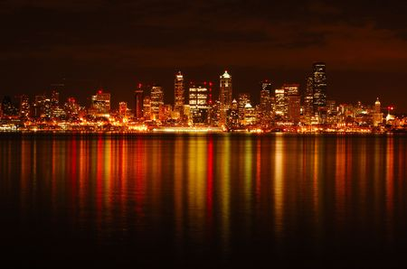 seattle: A dazzling photograph of Seattle skyline reflected across water  Stock Photo