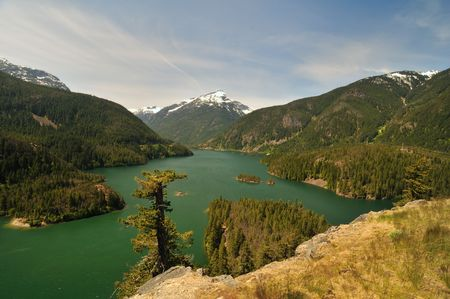 lake diablo: Beautiful greenish colored Diablo lake at North Cascades national park