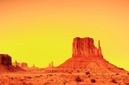 Sunrise in the monument valley from John Ford viewpoint Stock Photo - 10448374
