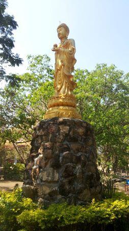 reminiscent: Golden Buddha