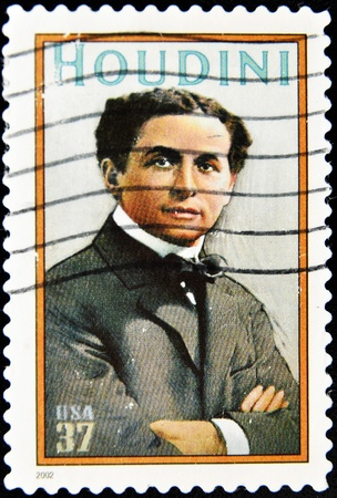 harry: UNITED STATES OF AMERICA - CIRCA 2002 : stamp printed in USA show great American magician Harry Houdini, circa 2002