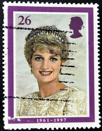 lady diana: UNITED KINGDOM - CIRCA 1998: British Used Postage Stamp showing Diana, Princess of Wales, circa 1998  Editorial