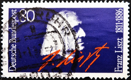 liszt: GERMANY - CIRCA 1986: A stamp printed in Germany, shows portrait Franz Liszt, circa 1986.