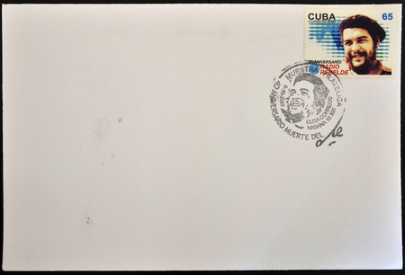 che guevara: CUBA - CIRCA 2003: A stamp printed in Cuba shows the image of Che Guevara and the rebel radio, circa 2003