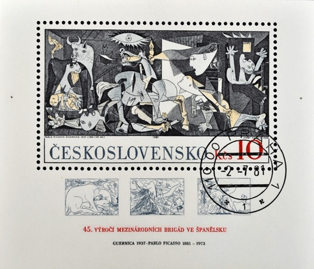 pablo: CZECHOSLOVAKIA - CIRCA 1981: A stamp printed in Czechoslovakia shows painting by Pablo Picasso Guernica, circa 1981