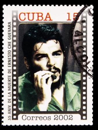 philatelist: KUBA - CIRCA 2002: Stamp in Kuba gedruckt Jahrestag des Todes von Che Guevara in Bolivien, um 2002 Editorial
