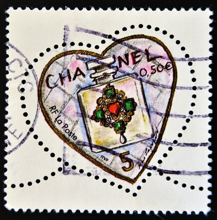 FRANCE - CIRCA 2003: A stamp printed in France shows Chanel perfume in a heart, circa 2003