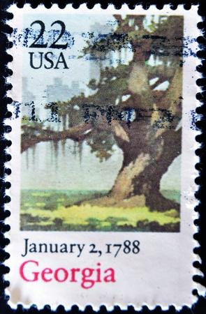 ratificaci�n: ESTADOS UNIDOS - CIRCA 1988: Un sello impreso en EE.UU. conmemora la ratificaci�n de Georgia de la Constituci�n en 1788, alrededor del a�o 1988 Foto de archivo
