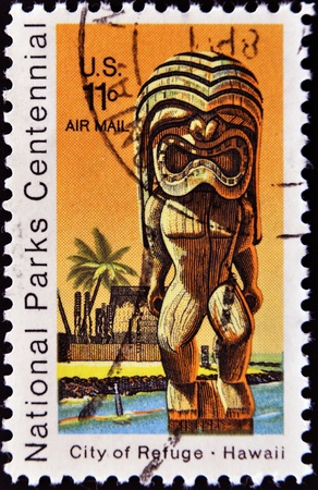 UNITED STATES OF AMERICA - CIRCA 1980: A stamp printed in the USA shows National Park on Hawaii - City of Refuge, circa 1980 Stock Photo - 11071582