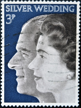 UNITED KINGDOM - CIRCA 1972: A stamp printed in Great Britain shows image Queen Elizabeth II and Prince Phillip, celebrating their silver wedding anniversary, circa 1972  Stock Photo - 11652974
