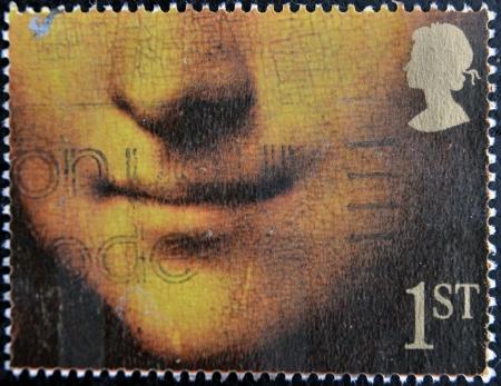 philatelist: GROSSBRITANNIEN - CIRCA 1990: Stempel von Gro�britannien gedruckt zeigt Mona Lisa oder La Gioconda von Leonardo da Vinci, Louvre, Paris, circa 1990
