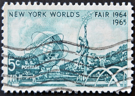 UNITED STATES OF AMERICA - CIRCA 1964: a stamp printed in USA shows Mall with Unisphere and rocket thrower, by Donald De Lue from New York World´s fair 1964, circa 1964 Stock Photo - 11581977
