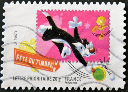 FRANCE - CIRCA 2009: A stamp printed in USA shows Sylvester and Tweety, circa 2009 Stock Photo - 11582120