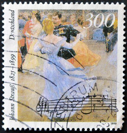 baile: GERMANY- CIRCA 1999: stamp printed by Germany, shows Johann Strauss, circa 1999.