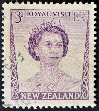 NEW ZEALAND - CIRCA 1953: A stamp printed in New Zealand shows Queen Elizabeth II, circa 1953