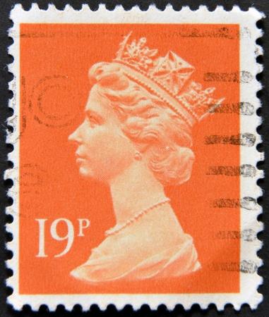UNITED KINGDOM - CIRCA 1971: An English stamp printed in Great Britain shows Portrait of Queen Elizabeth, circa 1971.