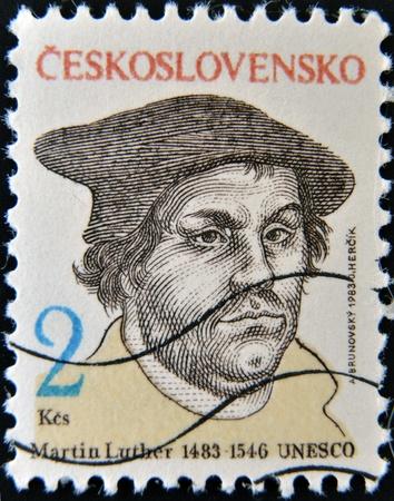 Checoslovaquia - CIRCA 1983: Un sello impreso en Checoslovaquia, muestra a Martín Lutero, alrededor del año 1983