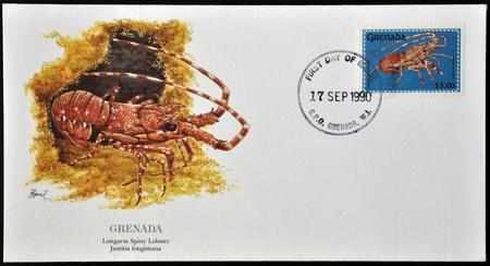justitia: GRANADA - alrededor de 1990: Una postal impresa en Granada muestra en longarm langosta espinosa, justitia longimana, alrededor de 1990
