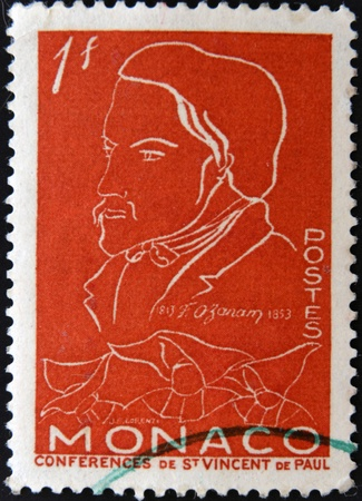 frederic: MONACO - CIRCA 1954 sello impreso por M�naco, muestra Federico Ozanam, alrededor del a�o 1954 Foto de archivo