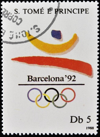 simbol: SAO TOME - CIRCA 1988  A stamp printed in Sao Tome shows Emblem of the 1992 Olympic Games in Barcelona, circa 1988